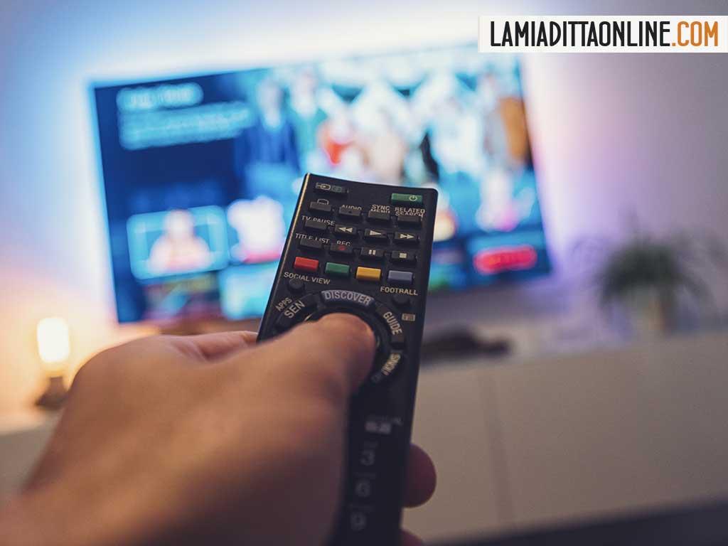 Bonus TV e Dvb-T2: perché si manda in pensione il vecchio televisore?